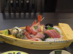 toyama-meisan-sushi-sashimi3.jpg