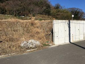 hayama-shimoyamaguchi-tochi-sagashi-arechi.jpg