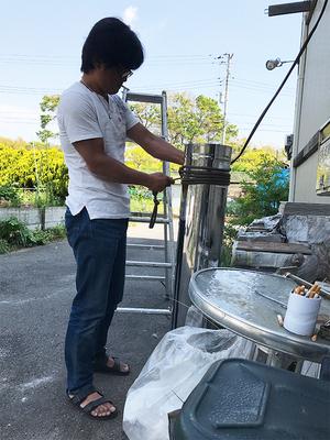 nakao-kenchiku-koubou-maki-stove-entotsu-shuuri.jpg